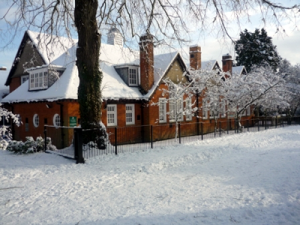 Sure Start Children's Centre in the snow